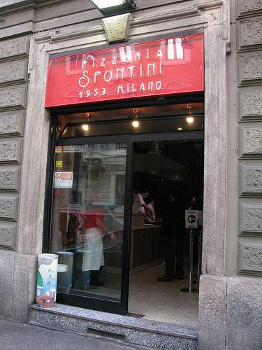 Pizzeria Spontini - L'ingresso
