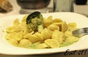 Orecchiette con crema di broccoli