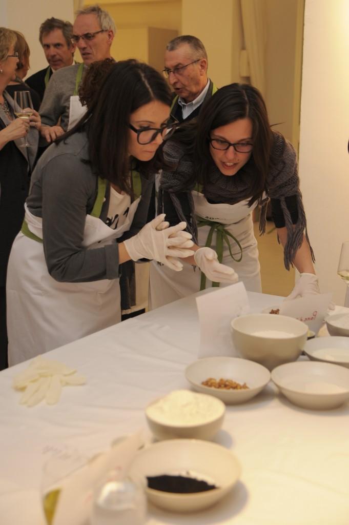 La preparazione del pane alla frutta secca con Domitilla Ferrari