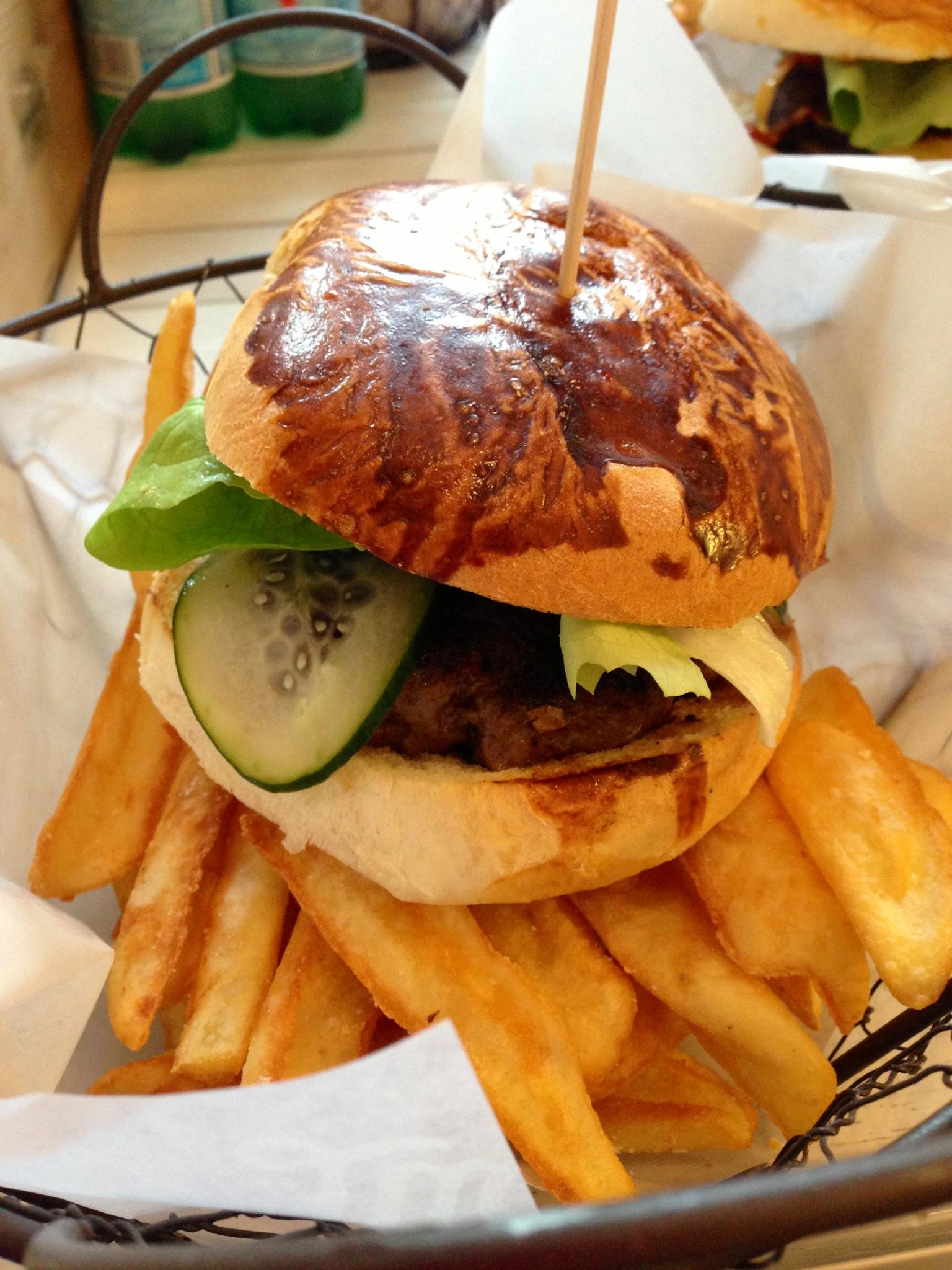 212 Classic burger