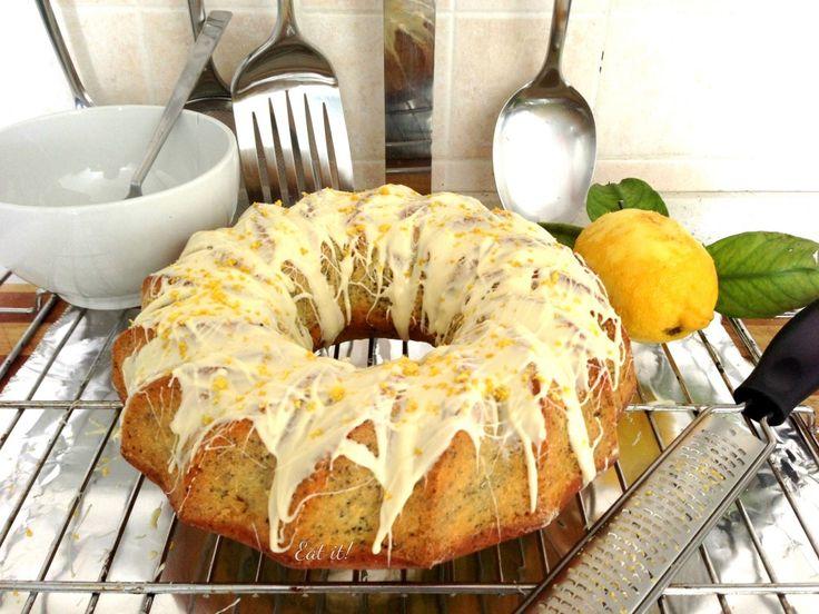 Torta limone e semi di papavero