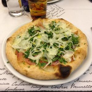 Pizza Finocchiona, impasto deliziosamente