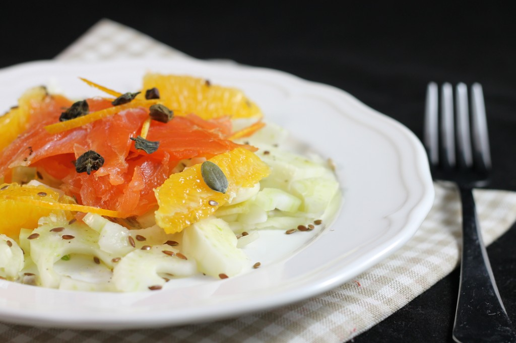 Insalatina di finocchi, salmone e arancia
