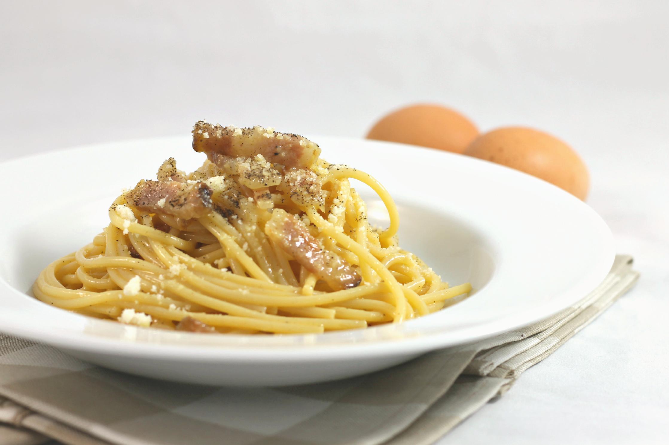 Spaghetti alla Carbonara  Mario Batali