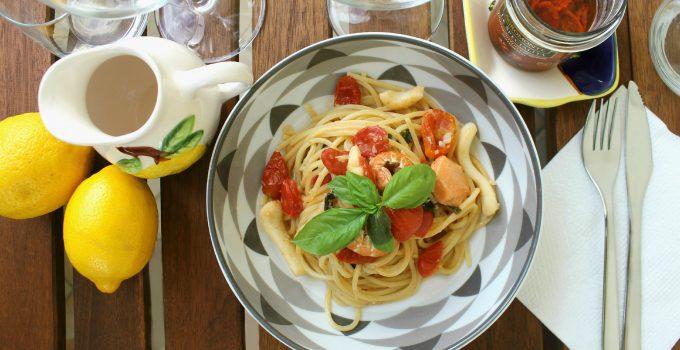 Spaghetti al pesce misto