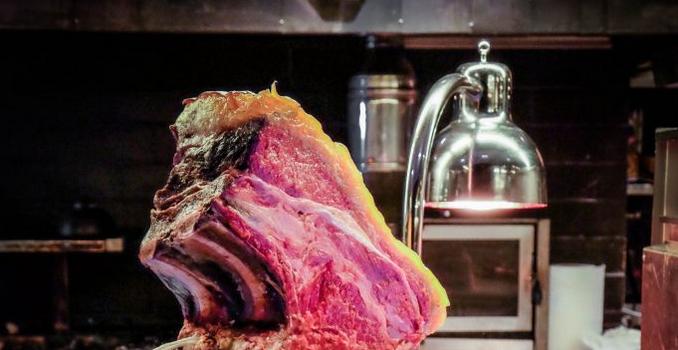 Da provare una volta nella vita: la carne di rubia gallega a La Griglia di Varrone