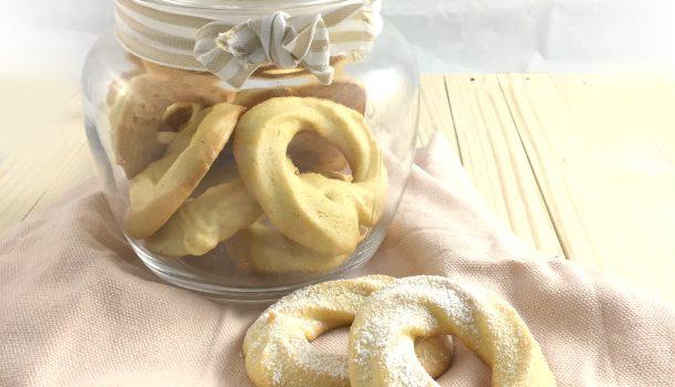 Biscotti di pasta frolla montata all'olio, lactose free!