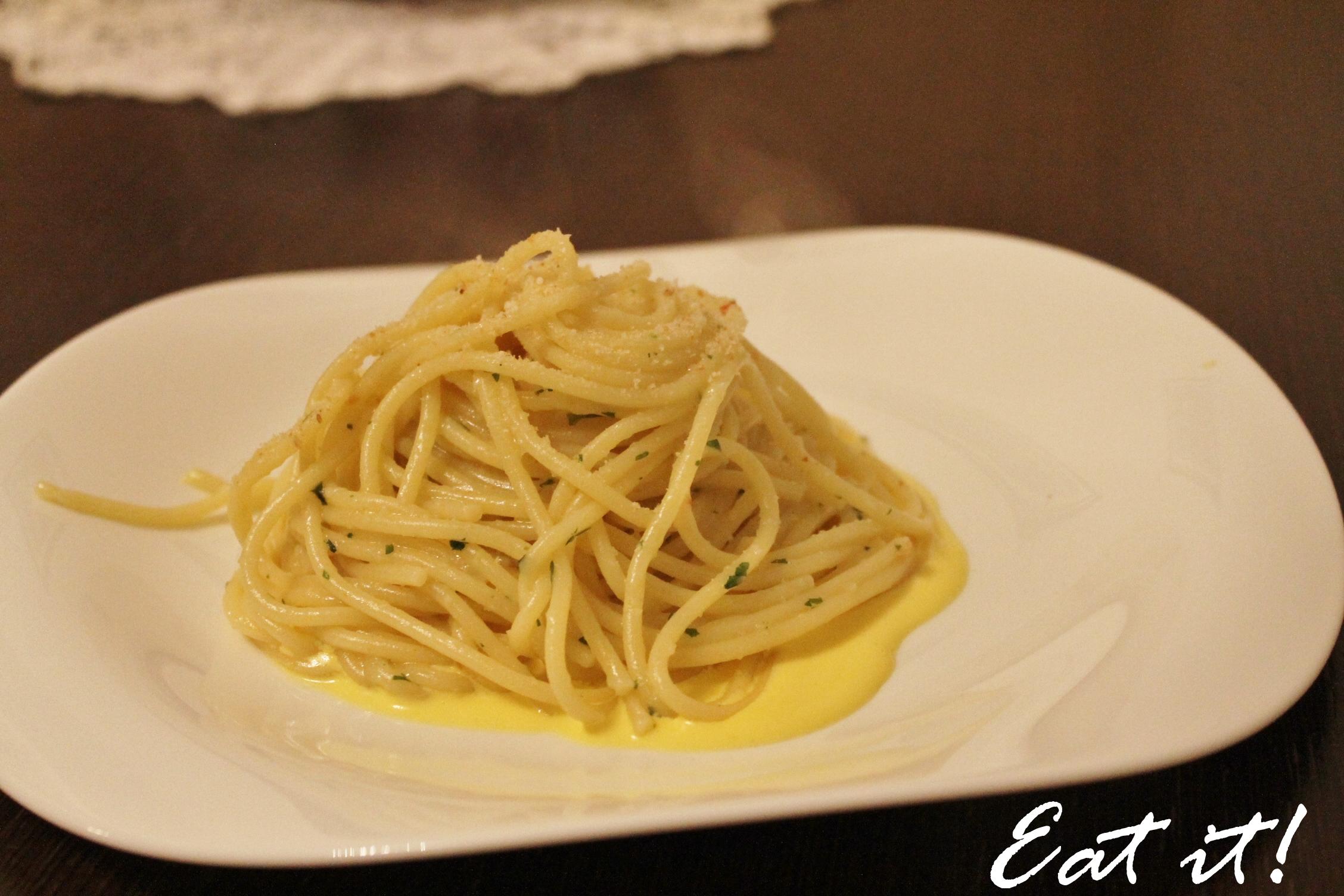 Capellini Al Forno Giada aglio, olio, peperoncino e pangrattato   eatitmilano